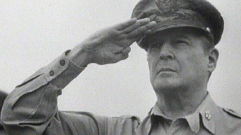 Douglas-MacArthur-LF1