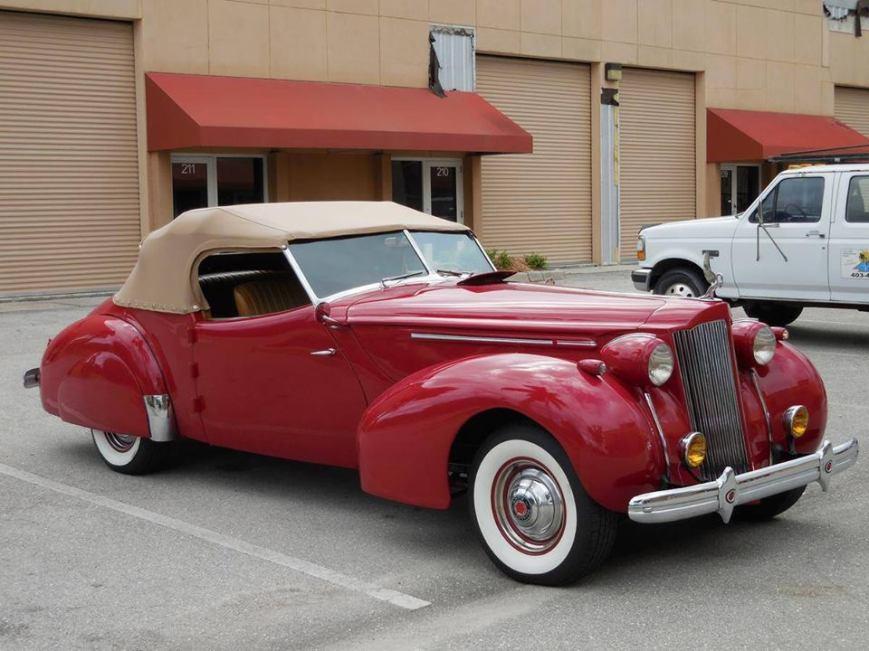 1939 Packard Darrin